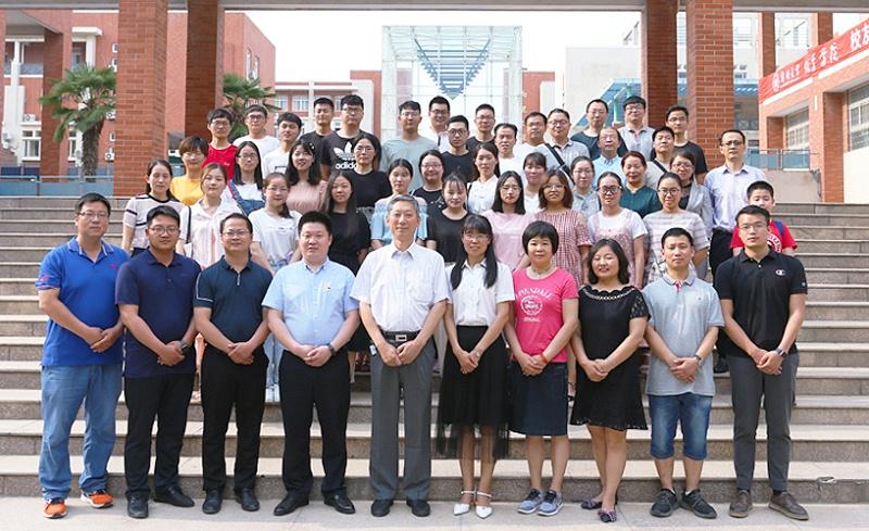 郑州大学化学学院历届毕业生代表座谈会5