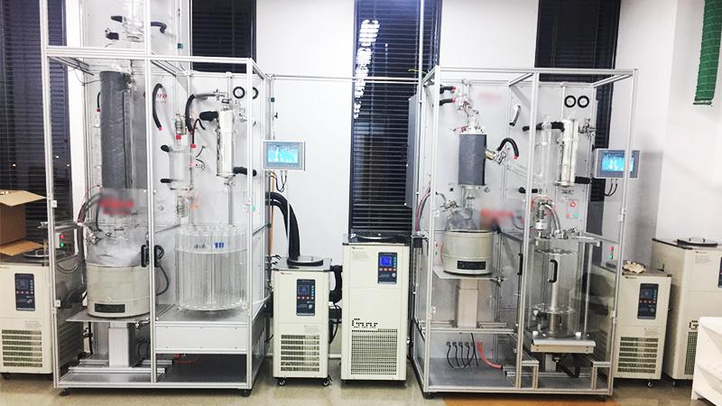 低温恒温设备在原油精馏行业的应用